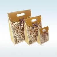 Wholesale Custom Design Printed Paper Gift Bags , Decorative Paper Bags Multi Size from china suppliers