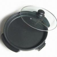 China 1,500W Pizza Maker with Glass Lid and Heat-resistant Handles, Easy to Use on sale