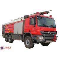 Benz Chassis Airport Fire Fighting Vehicles , Approach Angle 30° Heavy Rescue Fire Truck