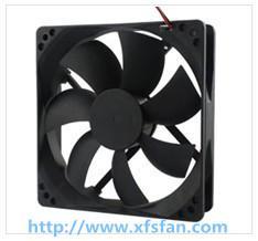 120*120*25mm DC Black Plastic Brushless Cooling Fan DC12025 for Led Light