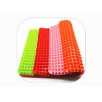 Quality Thickened Pyramid Oven Mat , Silicone Pyramid Baking Mat OEM / ODM Available for sale