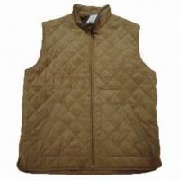 Wholesale Men's padded winter vest with all over diamond quilling from china suppliers