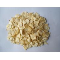 Wholesale 6.0% maximum Moisture A Grade Dehydrated Garlic Flake from china suppliers