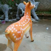 Wholesale customize size animal fiberglass statue large milu deer model as decoration statue in garden /square / shop/ mall from china suppliers