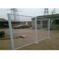 China Workshop Galvanized Metal Security Fencing PVC Coated Wire Mesh Fence Rust Resistance on sale