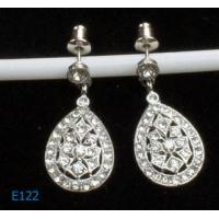 China Fashion tin alloy and copper ladies rhinestone dangle drop earring on sale
