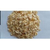 Wholesale Dehydrated Garlic Flakes with root grade A 2017 crops from china suppliers