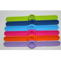 custom wristbands rubber