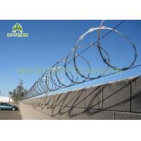 China Pre Galvanized Concertina Razor Wire φ 600mm For Site Security Fencing Top on sale
