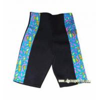 Slimming shorts with color strip
