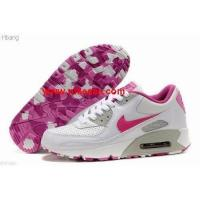 sports shoes for womens online