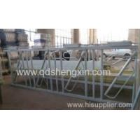 China Farm Equipment Cattle Headlocks on sale