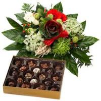 Wholesale Holiday Greetings Bouquet And Chocolate.NO.49 Beijing gift from china suppliers