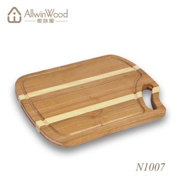 Quality Cherry And Maple Edge Grain Cutting Board In Hardwood Variety for sale