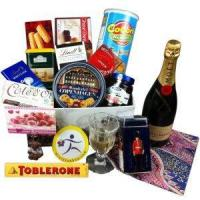 Wholesale China Christmas gift baskets deliver Christmas gift basket to China NO.56 from china suppliers