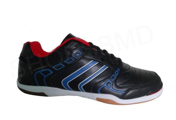 Quality new design soccer shoes indoor training football shoes for sale