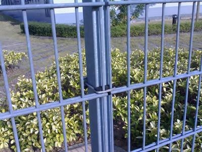 China Double Wire Fence Welded Wire Fence