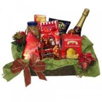 Wholesale Christmas and New Year Festive Season Featured Gourmet Gift Baskets from china suppliers