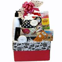 Wholesale Tea and Pamper Her Gift Basket from china suppliers