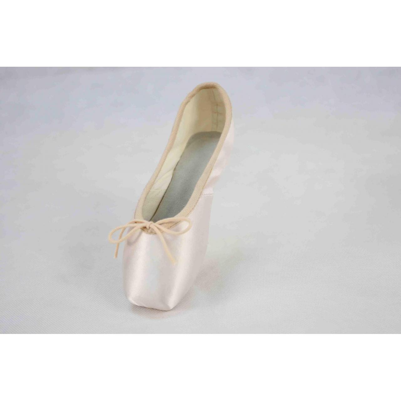 Wholesale Light Industrial Products pointeballetshoe 2231524216 from china suppliers